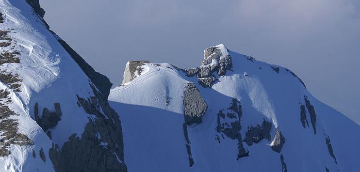 Eine der zahlreichen Steilwände am Säntis. (Bild: wikipedia.org unter Creative Commons)