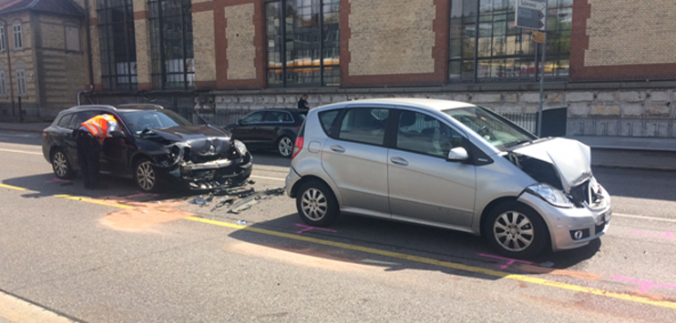 Auf der Zürcherstrasse sind drei Autos miteinander kollidiert (Bild: RADIO TOP/Michel Eggimann)