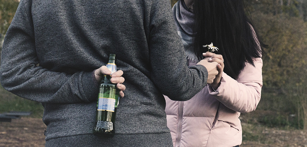 Zürcher Jugendliche gelangen schwerer an Alkohol und Zigaretten ...
