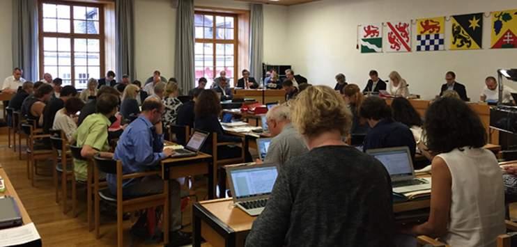 Der Winterthurer Gemeinderat will ein Notfall-Lager mit Masken, Handschuhen und Schürzen einrichten. (Bild: RADIO TOP/ Arichv)