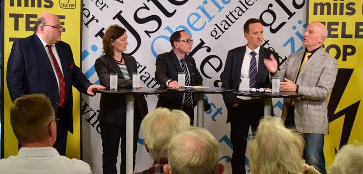 v.l.n.r: Pascal Bassu (SP), Bigi Obrist (AW), Stefan Nägeli (Ruedi Rüfenacht (EVP) und Heinrich Vettiger (SVP). (Bild: RADIO TOP)