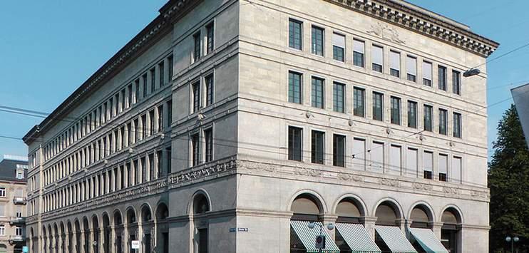 Die Schweizerische Nationalbank in Zürich. ( Bild: Wikipedia / Myriam Thyes)