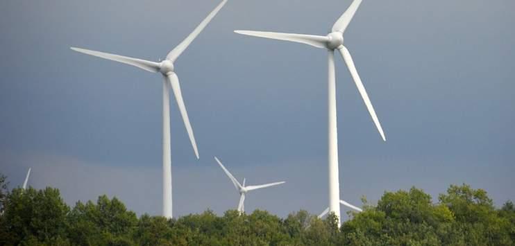 Kantone und Gemeinden müssen Windenergieprojekte fördern. (Symbolbild: pixabay.com/VIVIANE5276)