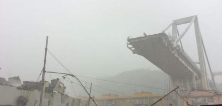 Luigi Di Maio sieht die Schuld am Brückenunglück von Genua bei der privaten Betreibergesellschaft (Bild: twitter.com/pap1pap)