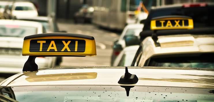 Taxis (Symbolbild: www.pixabay.com)