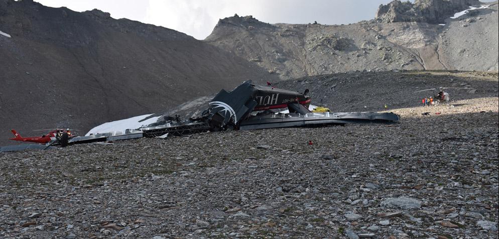 20 Personen sterben bei «Tante Ju»-Absturz in Graubünden - TOP ONLINE
