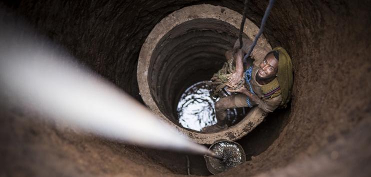 Die meisten der Gesuche für Projektbeiträge betreffen die Wasserversorgung und Hygienemassnahmen für die Bevölkerung (Symbolbild: Helvetas)