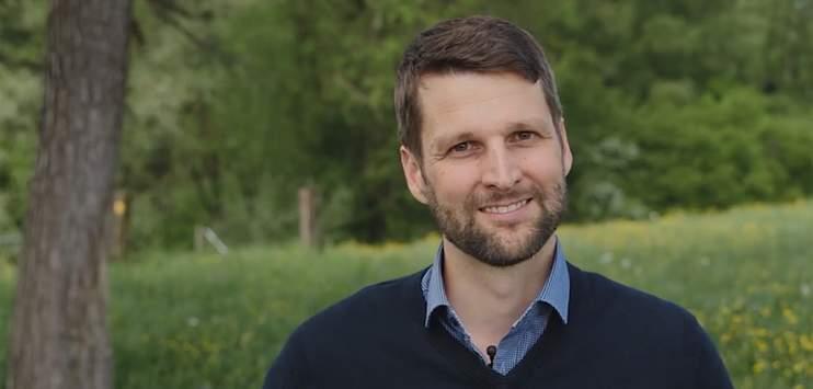 Die Winterthurer SVP stellt sich hinter den Stadtratskandidaten Urs Hofer der FDP. (Bild: facebook.com/uesehofer)