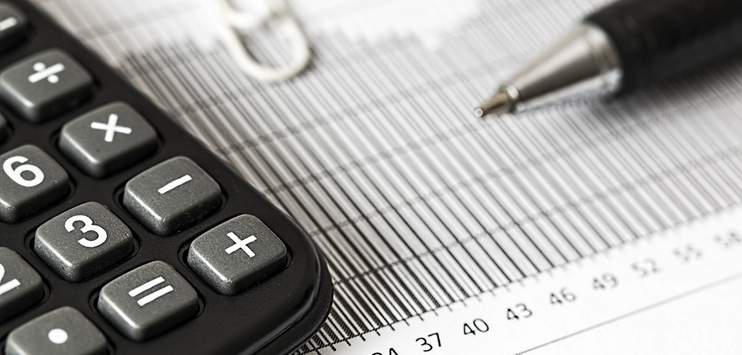 Der Schaffhauser Kantonsrat hat eine deutliche Steuersenkung beschlossen. (Symbolbild: pixabay.com/stevepb)