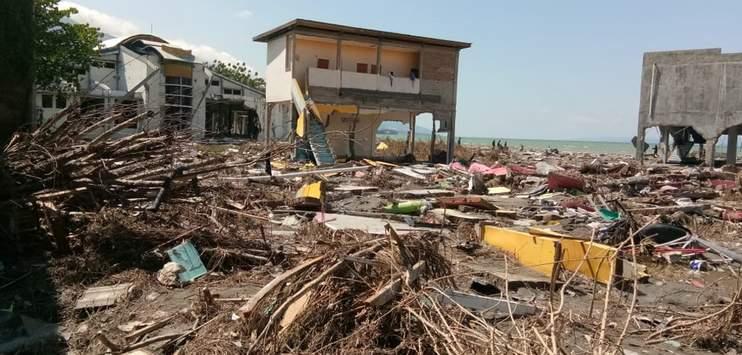 Der Tsunami und das Erdbeben haben die Insel Sulawesi verwüstet. (Bild: twitter.com/eu_echo / IFRC)
