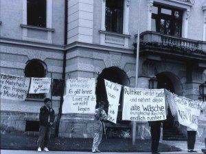 1991 legte eine halbe Million Frauen die Arbeit nieder, um zu streiken. (Bild: frauenstreik2019.ch)
